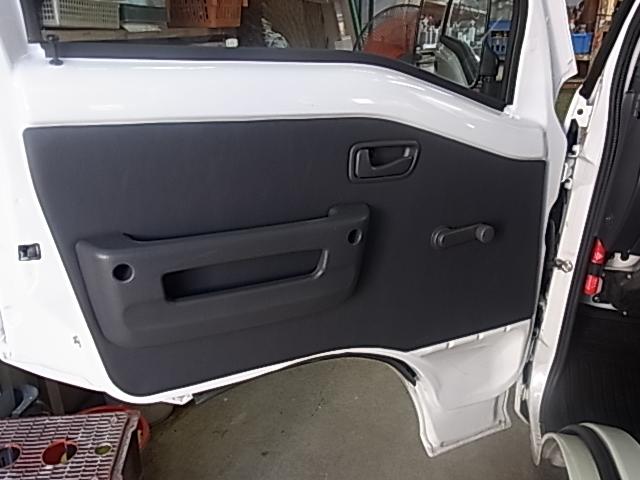 【施工例】スピーカーのないサンバーバンにだってスピーカーとナビ・ETC取り付けちゃうぞ!